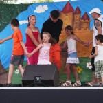 2011. június 18. - Gyerekműsor Szeleburdi meseszinház előadásában